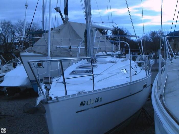 2001 Beneteau 311 Photo 20 of 20