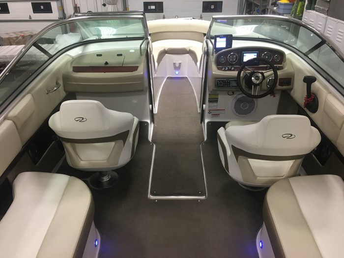 2011 Regal 2300 Bowrider Photo 12 of 43
