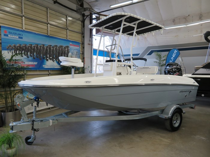 2019 Bayliner F18 Photo 2 sur 10