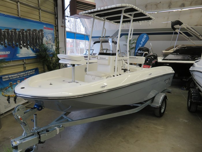 2019 Bayliner F18 Photo 1 sur 10