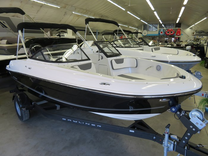 2019 Bayliner VR4 OB Photo 1 of 6
