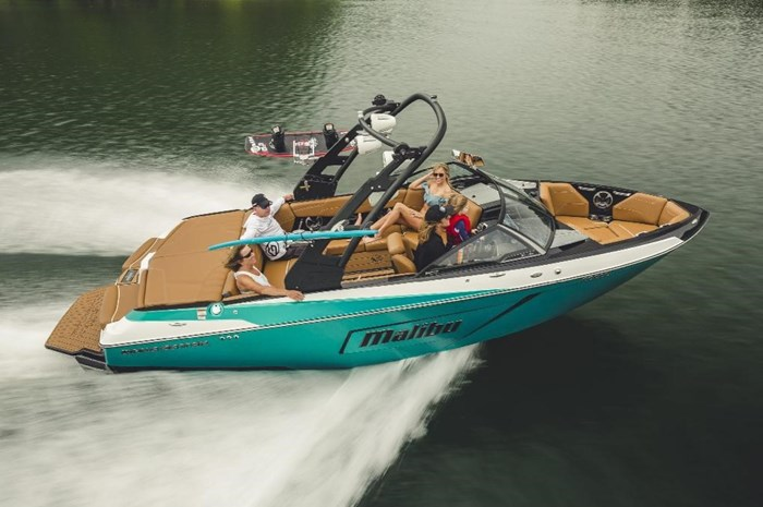2019 Malibu Wakesetter 22 LSV Photo 1 of 32