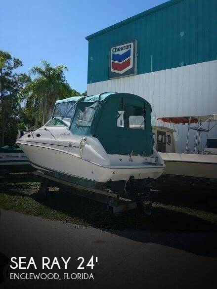 1998 Sea Ray 240 Sundancer Photo 1 of 20