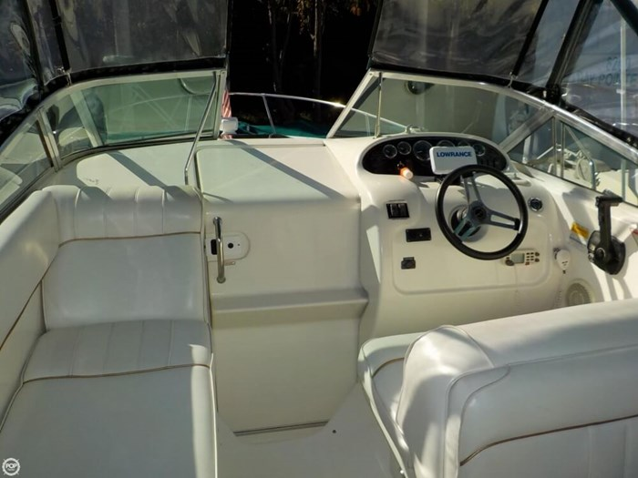 1998 Sea Ray 240 Sundancer Photo 3 of 20