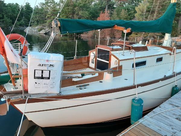 1963 Custom 28' wooden sloop Photo 4 sur 39