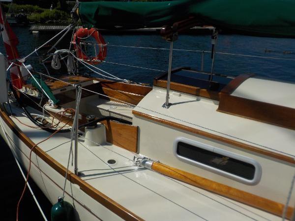 1963 Custom 28' wooden sloop Photo 7 sur 39