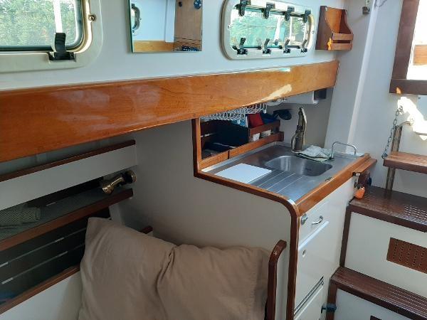 1963 Custom 28' wooden sloop Photo 32 sur 39