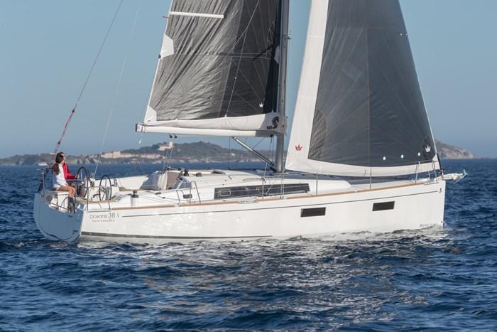 2019 Beneteau Oceanis 35.1 Photo 1 sur 1