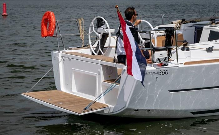 2020 Dufour Yachts 360 Grand Large Photo 2 sur 5