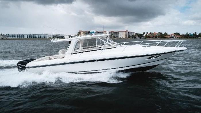 2009 Intrepid 390 Sport Yacht Photo 36 sur 36