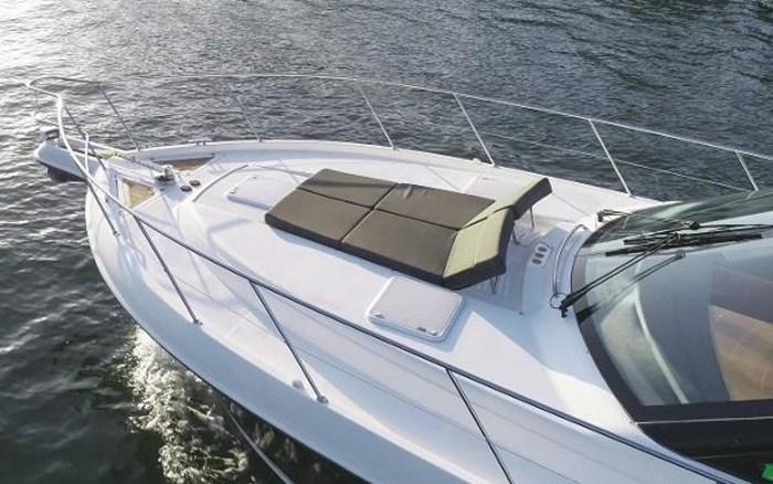 2013 Riviera 5000 Sport Yacht Photo 5 of 63