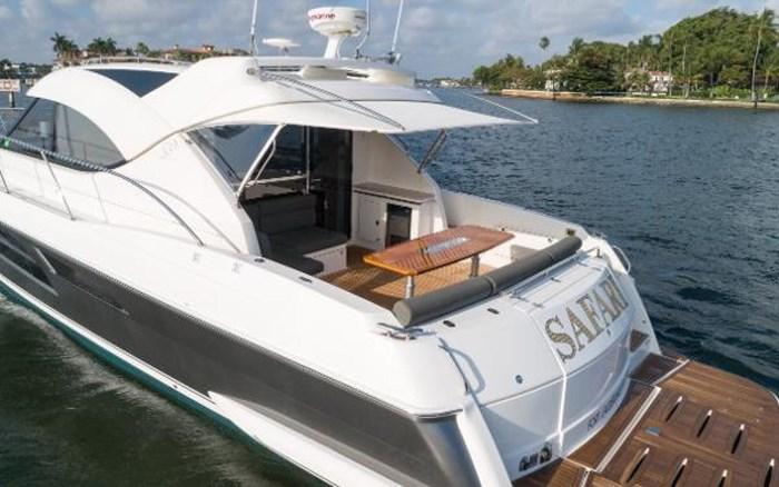 2013 Riviera 5000 Sport Yacht Photo 20 of 63