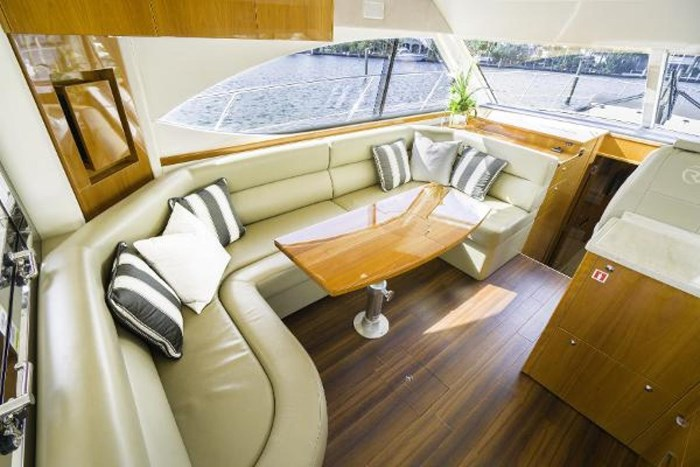 2013 Riviera 5000 Sport Yacht Photo 45 of 63