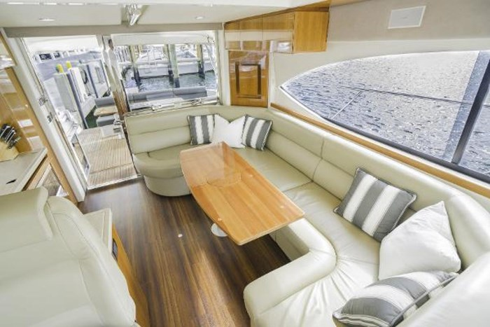 2013 Riviera 5000 Sport Yacht Photo 46 of 63