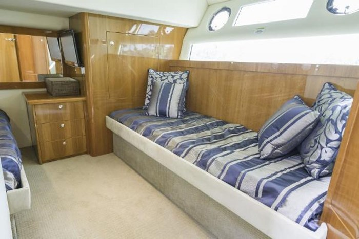 2013 Riviera 5000 Sport Yacht Photo 55 of 63