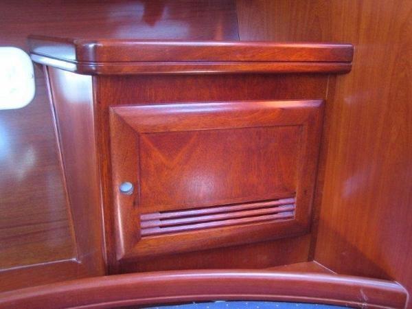 2005 Beneteau 373 Oceanis Sloop Photo 12 sur 16