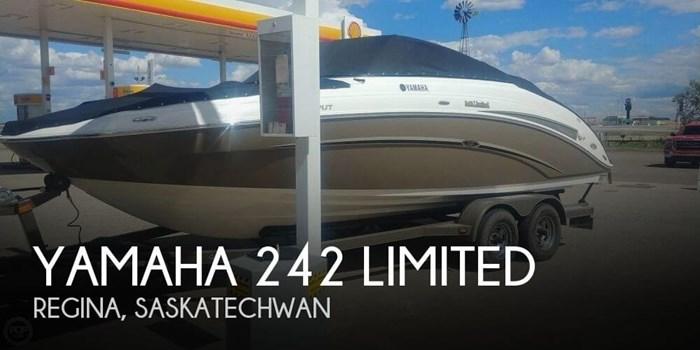 Yamaha 242 Limited 2010 Used Boat for Sale in Regina, Saskatchewan -  BoatDealers ca