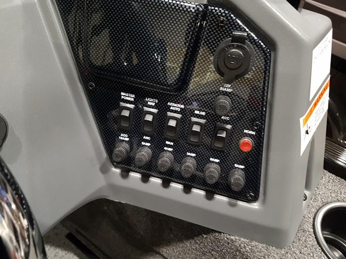 2019 Lowe FS1625 60HP EFI 4S Trailer Photo 20 of 27