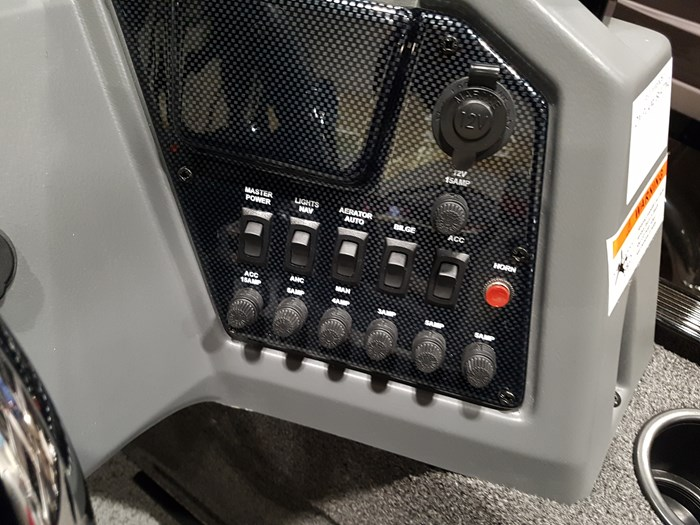 2019 Lowe FS1625 60HP EFI 4S Trailer Photo 19 of 29
