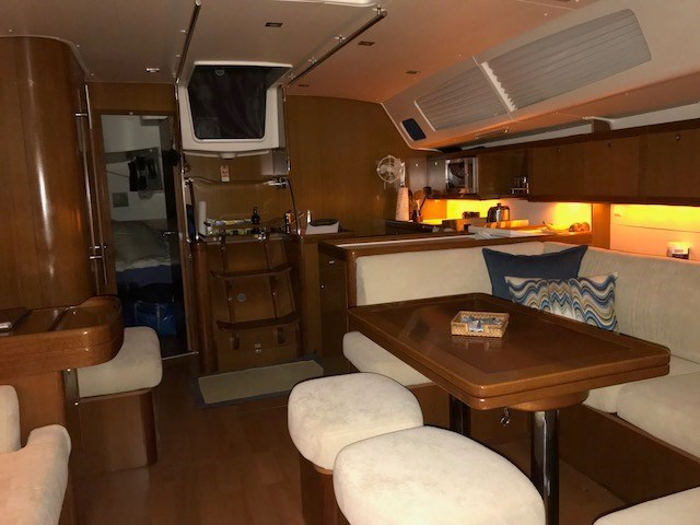 2007 Beneteau 49 Photo 12 sur 23