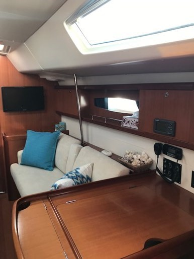 2007 Beneteau 49 Photo 9 sur 23