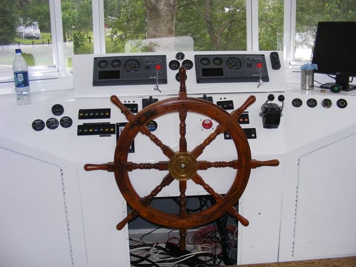 2008 60' x 16' Tri-toon Passenger Vessel Photo 4 of 15