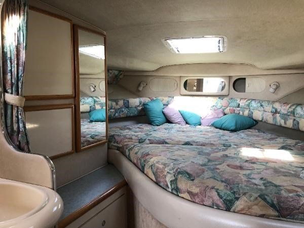 1996 Sea Ray Sundancer Photo 21 sur 32