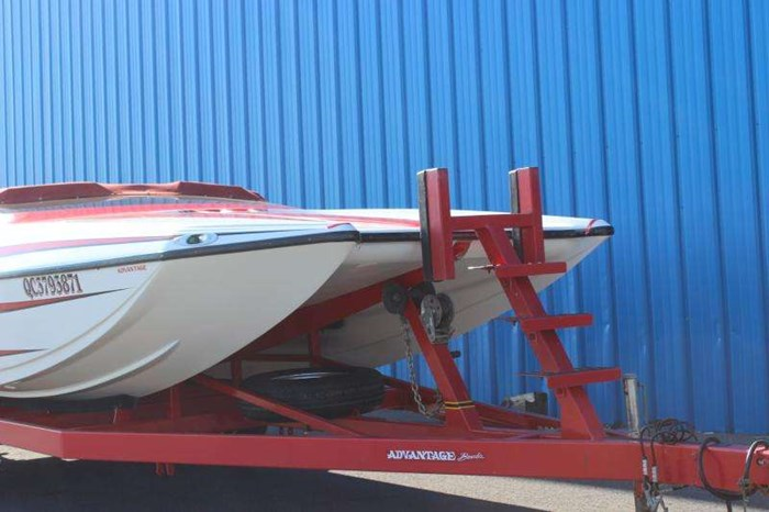 2002 ADVANTAGE TUNNEL SPORT CAT 22 Photo 2 of 12