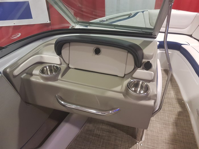2019 Crownline 215 SS Photo 20 of 36