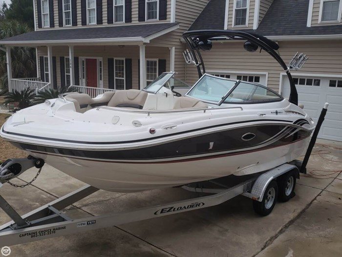 2014 Hurricane 2200 SunDeck Photo 7 of 20