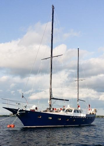 1997 Bruce Roberts Custom 63 Pilothouse Ketch Photo 3 sur 48