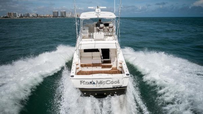 2007 Riviera 58 Flybridge Photo 5 sur 59