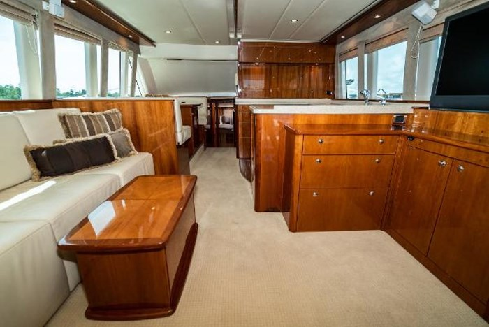 2007 Riviera 58 Flybridge Photo 13 sur 59