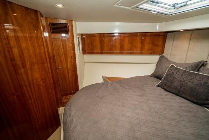 2007 Riviera 58 Flybridge Photo 36 sur 59