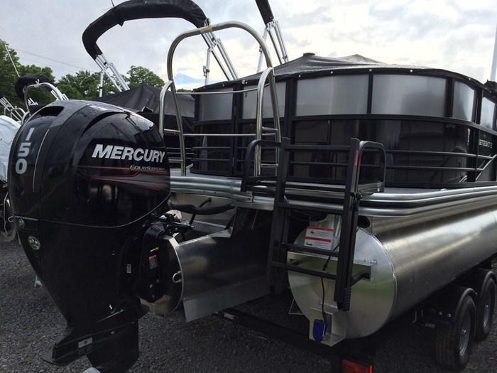 2019 Lowe Lowe 23 Retreat  Mercury 150HP Trailer Tri-Toon Photo 5 sur 24