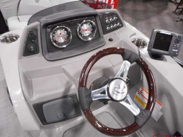 2019 Lowe Lowe 23 Retreat  Mercury 150HP Trailer Tri-Toon Photo 23 sur 24