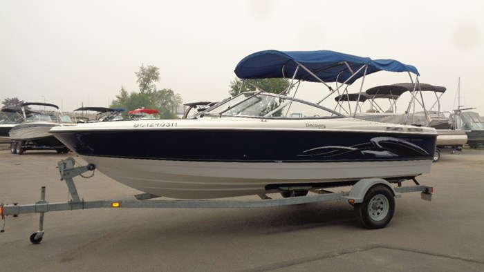 2008 Bayliner 215 Discovery Photo 6 of 12