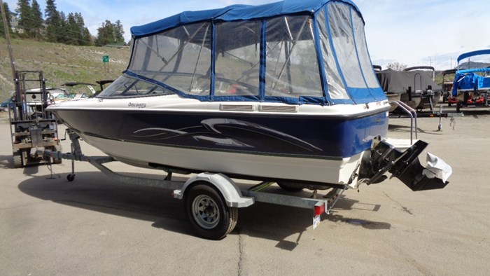 2008 Bayliner 215 Discovery Photo 3 of 12
