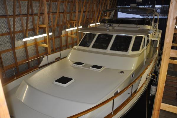 1985 Tollycraft 61 Pilothouse Motor Yacht Photo 28 sur 34