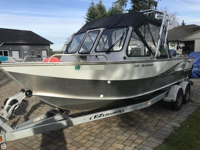 2015 Hewescraft 210 Sea Runner ET Photo 2 of 20
