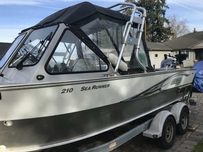 2015 Hewescraft 210 Sea Runner ET Photo 3 of 20