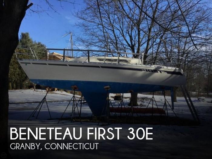 1983 Beneteau FIRST 30E Photo 1 sur 20