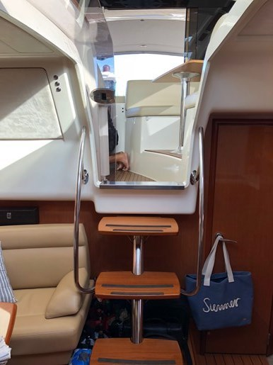 2009 jeanneau Prestige 38S Photo 8 sur 12