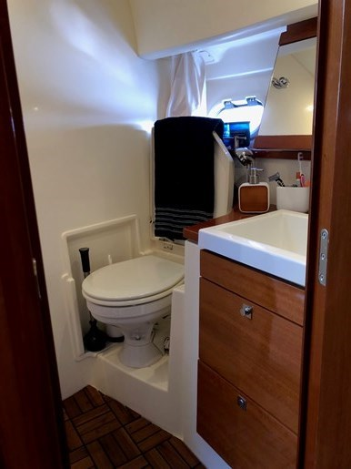 2009 jeanneau Prestige 38S Photo 10 sur 12