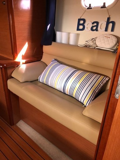 2009 jeanneau Prestige 38S Photo 12 sur 12