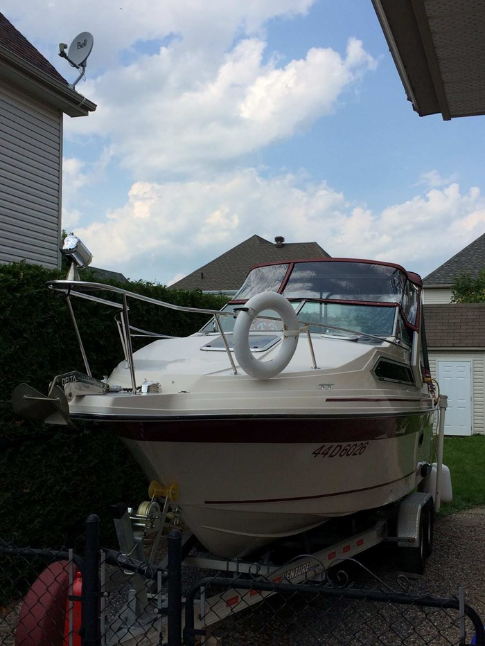 1988 Thundercraft by Cadorette Marine 24 MAGNUM EXPRESS Photo 4 of 7