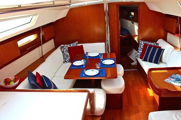 2008 Beneteau Oceanis 46 Photo 3 sur 28