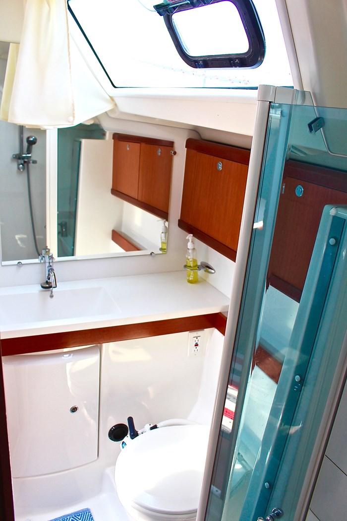 2008 Beneteau Oceanis 46 Photo 17 sur 28