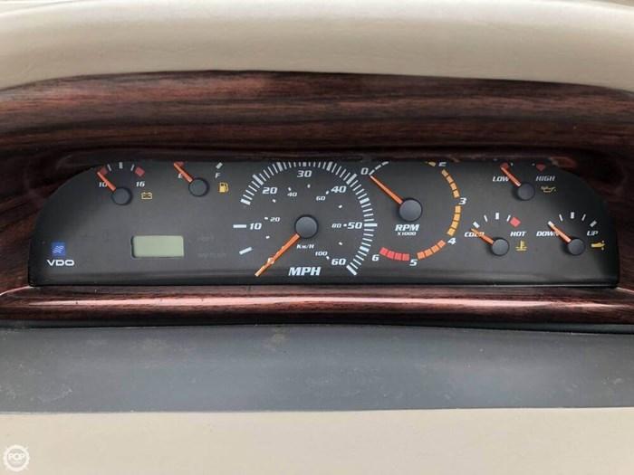 1999 Four Winns 258 Vista Cruiser Photo 9 sur 20