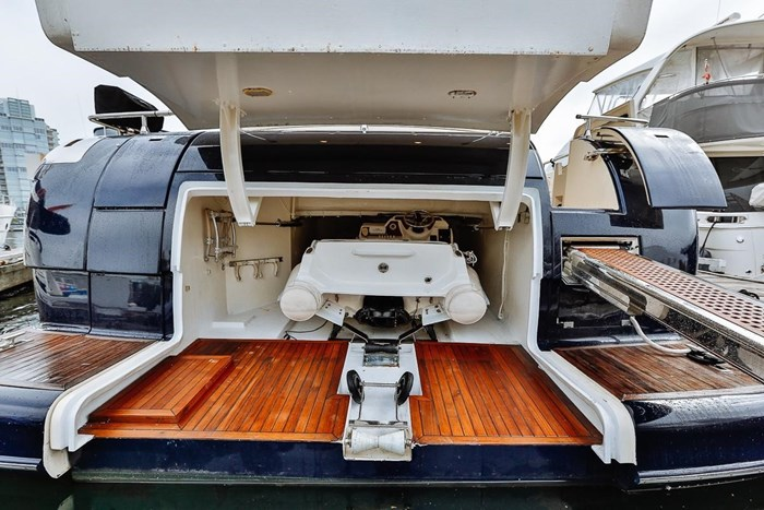 2002 Astondoa 66 Motor Yacht Photo 10 sur 85